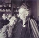 Rosa Carvalho e a neta